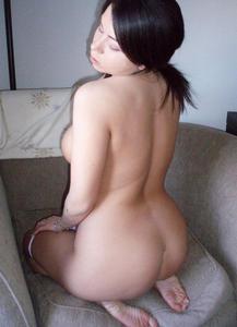 Amateur tetas enormes guapa desnuda