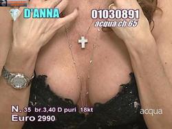 [IMG]http://img278.imagevenue.com/loc519/th_829657419_tduid300077_Joanna_Golabek_22_12_2013_10_122_519lo.jpg[/IMG]