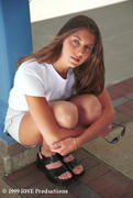 http://img278.imagevenue.com/loc89/th_599146653_Rebecca_KNE9905CP02_8A_122_89lo.jpg